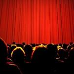 Sie sitzen im Kino und merken, dass der Film nichts ist. Was tun Sie?