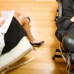 Wo ist die psychische Belastung höher? In kleinen oder großen Unternehmen?